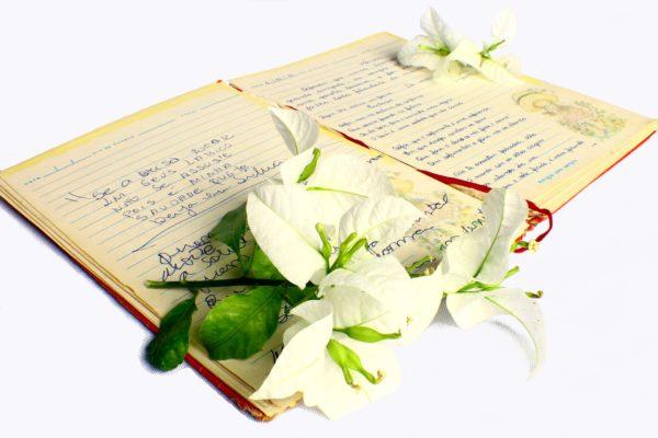 Un cahier de poèmes familiers